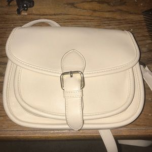 Cute Ivory Forever 21 crossbody